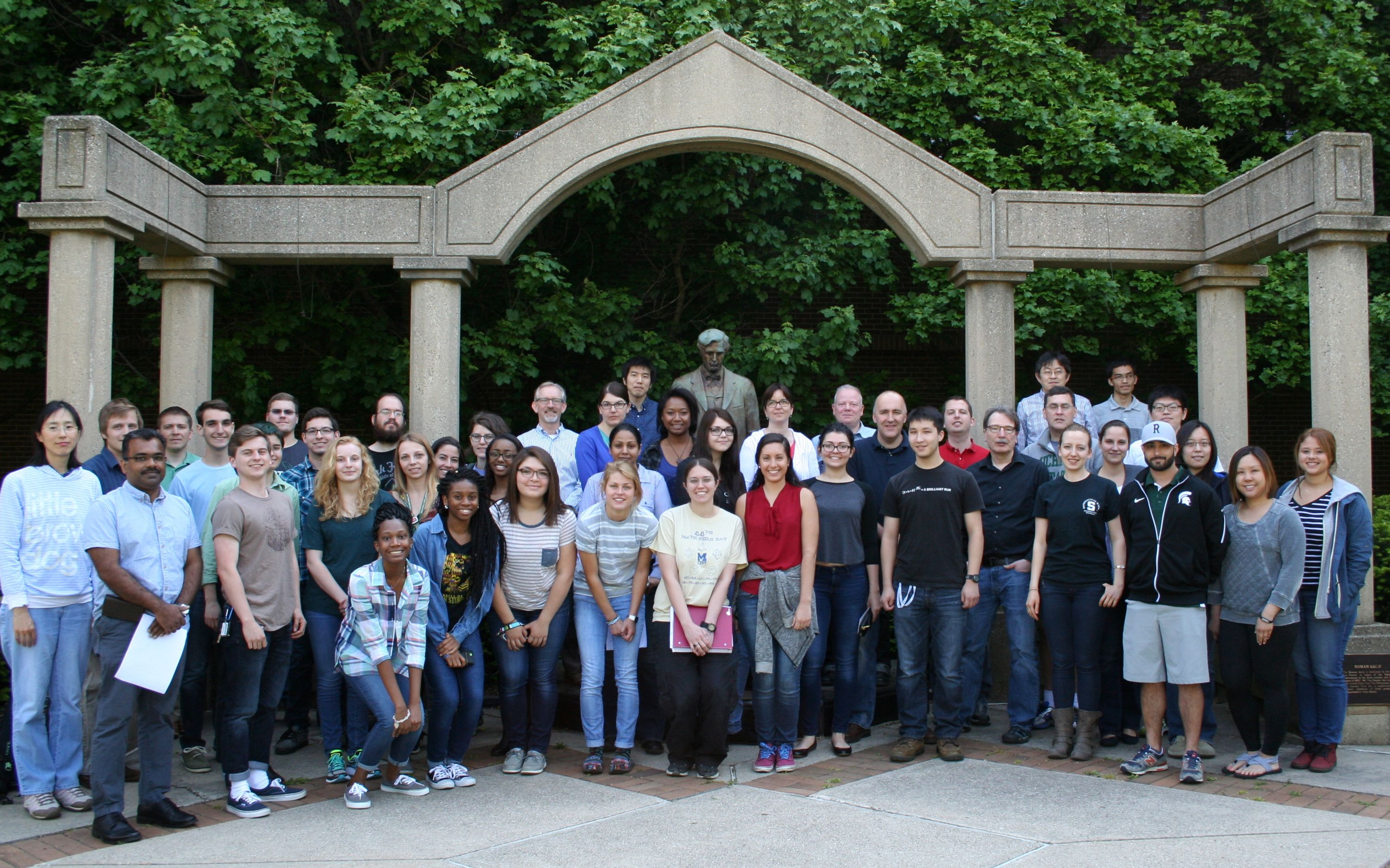 2016 Summer REU Participants in the gardens outside Molecular Plant Sciences
